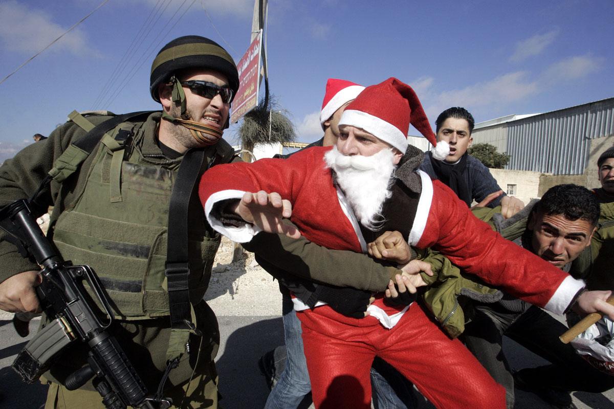 MIDEAST-CONFLICT-ISRAEL-BARRIER-DEMO