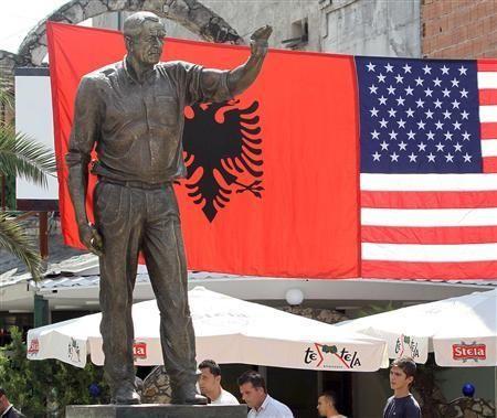 bush-albania